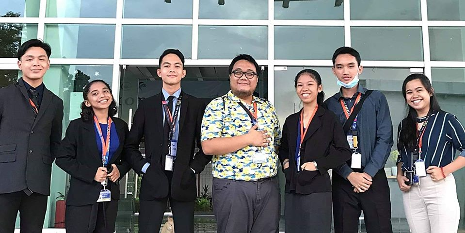 Cradle of Excellence. RF2020 Physical Science category champions (from far right) Molerick Paul Otero, </br> Shanly Yanna Granada, and Aivan Karl Ambagan and Life Science category champions </br> (from far left) Maria Ella Bagaforo, Francis Raymund Garcia, and Dane Claudelle Abalayan </br>with their adviser Jude Xerxes Herbolario (center).